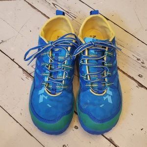 MERRELL barefoot Apollo shoe.  Size 8